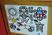 Josean Orta es uno de muchos que trabaja en un establecimiento de tatuajes.
