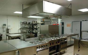 Comedores o comederos alta cocina o arte moderno 01 10 13 for Cocinas de restaurantes modernos