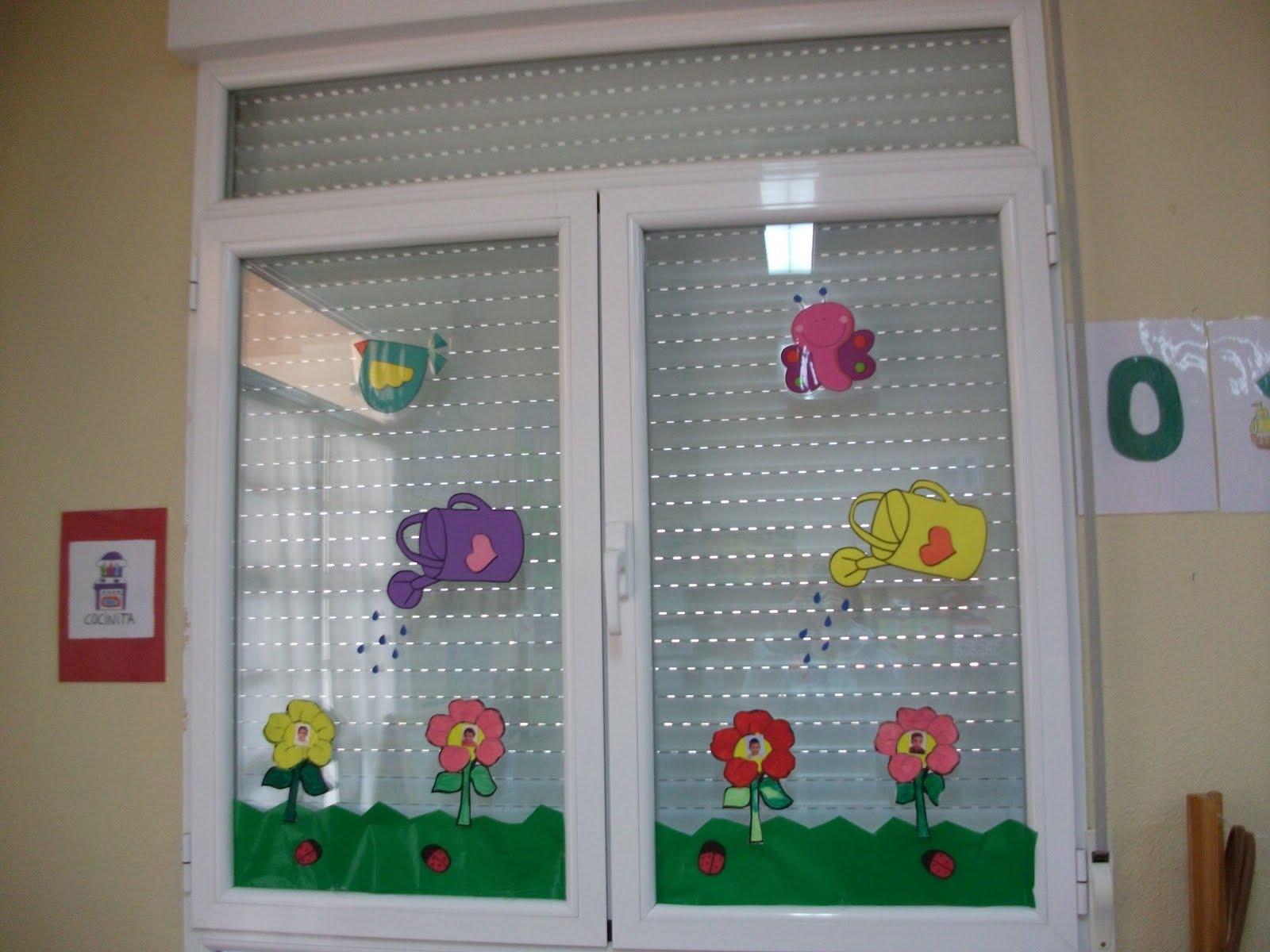 Educaci n infantil en el cra entre dos r os bienvenida for Puertas decoradas primavera