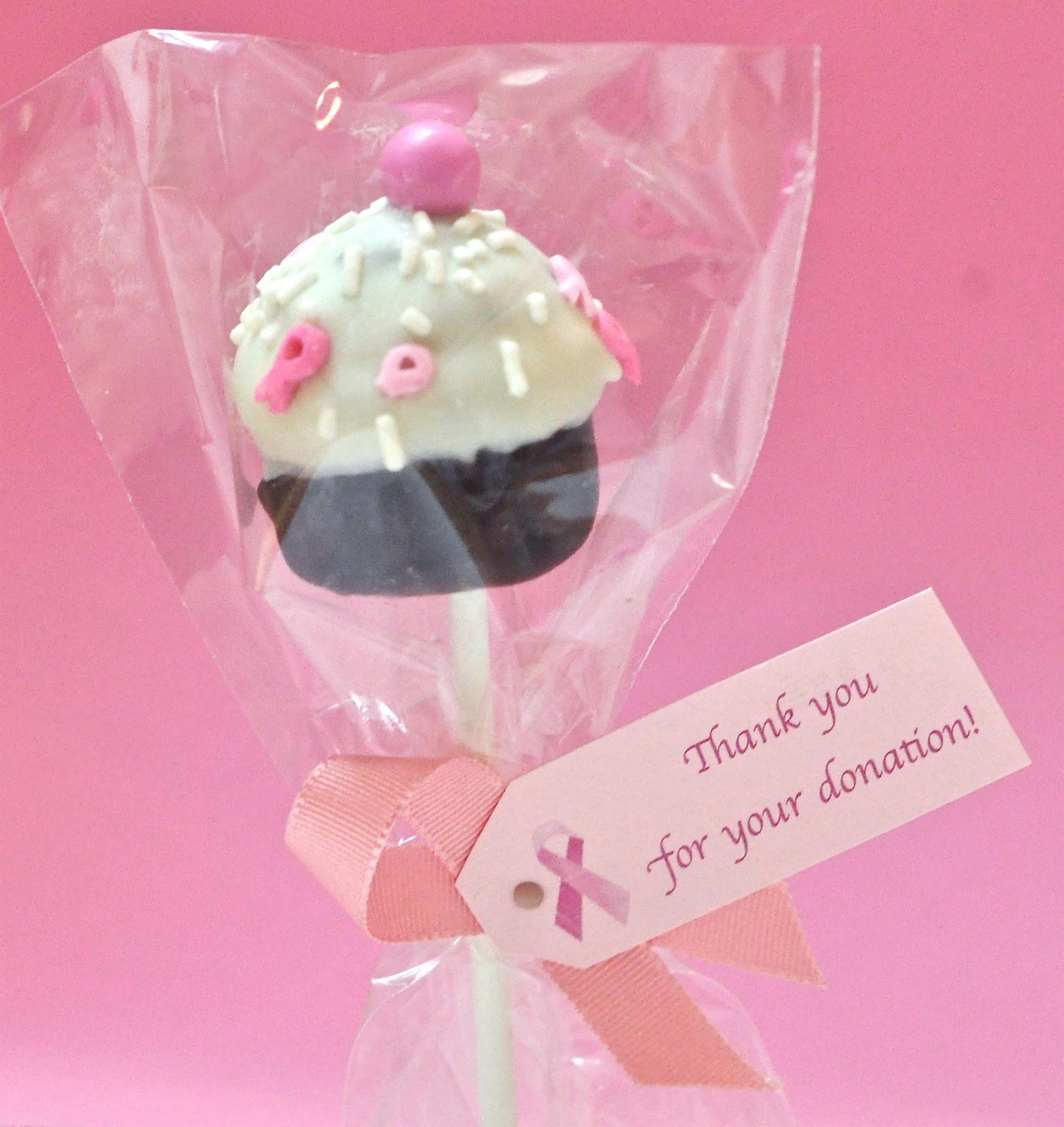 Kiwi Cakes: Pink cake pops - to raise awareness for Breast Cancer Month