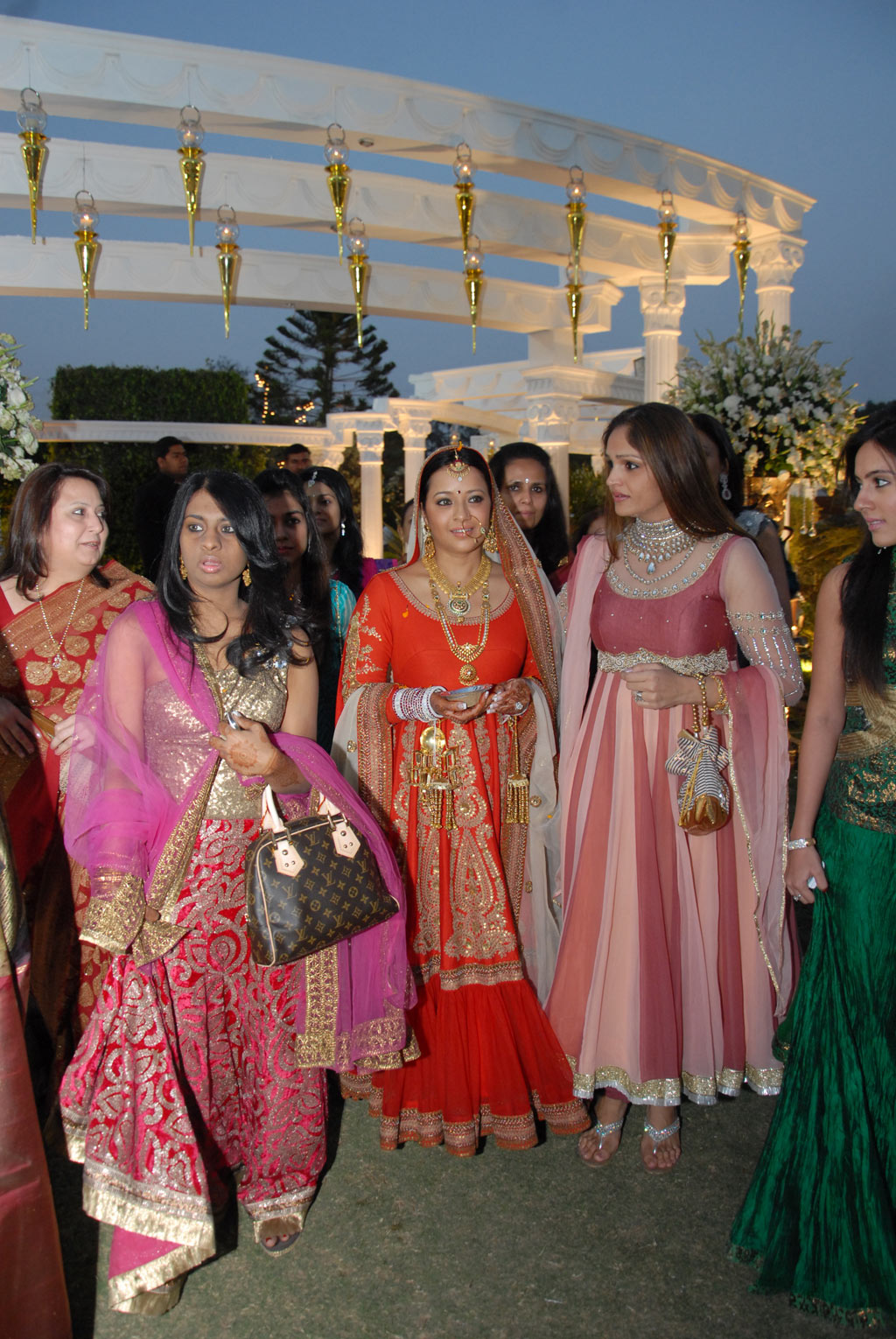 Reema Sen - Reema Sen unseen Marriage pics
