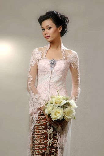Model Kebaya Anne Avantie Terbaru - KONVEKSIAN.COM - Holiday and ...