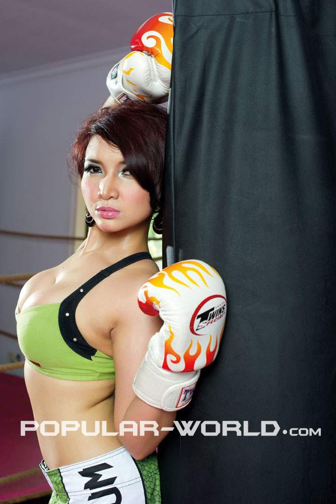 foto hot roro fitira model sexy indonesia