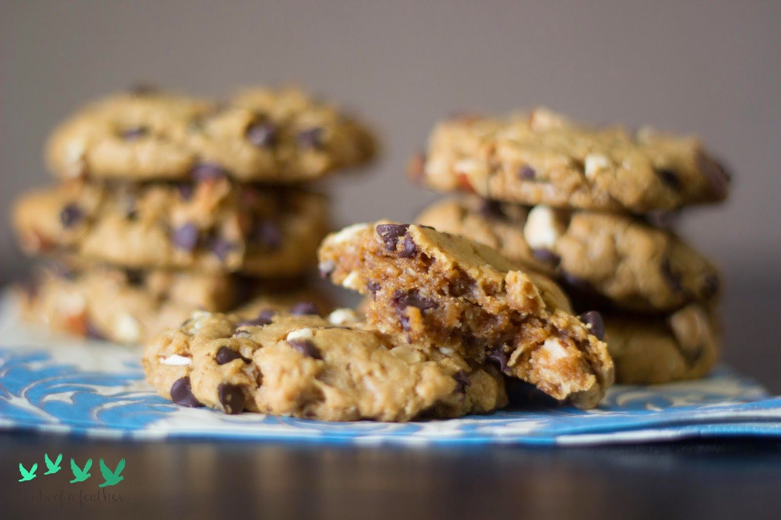 http://www.theweatheredpalate.com/2014/08/peanut-butter-oatmeal-cookies.html