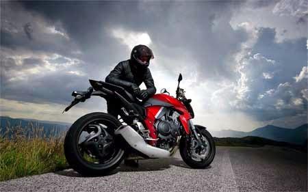 koleksi gambar motor CB 1000R