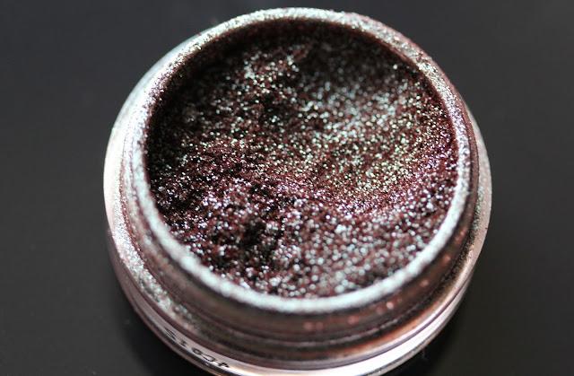 Makeup Geek Insomnia pigment