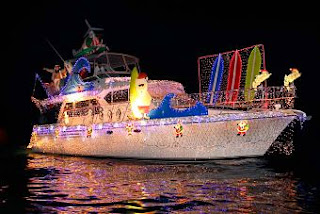 see-lighted-boats-in-christmas-boat-parade-2013