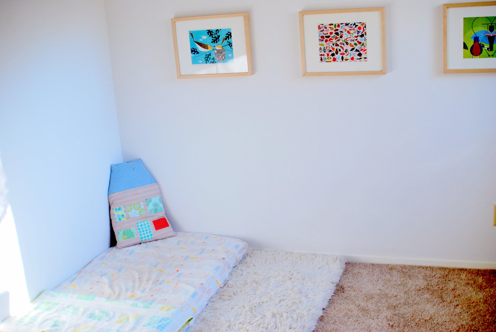Feeding the soil montessori bedroom for a one year old for Bedroom ideas for 3 beds