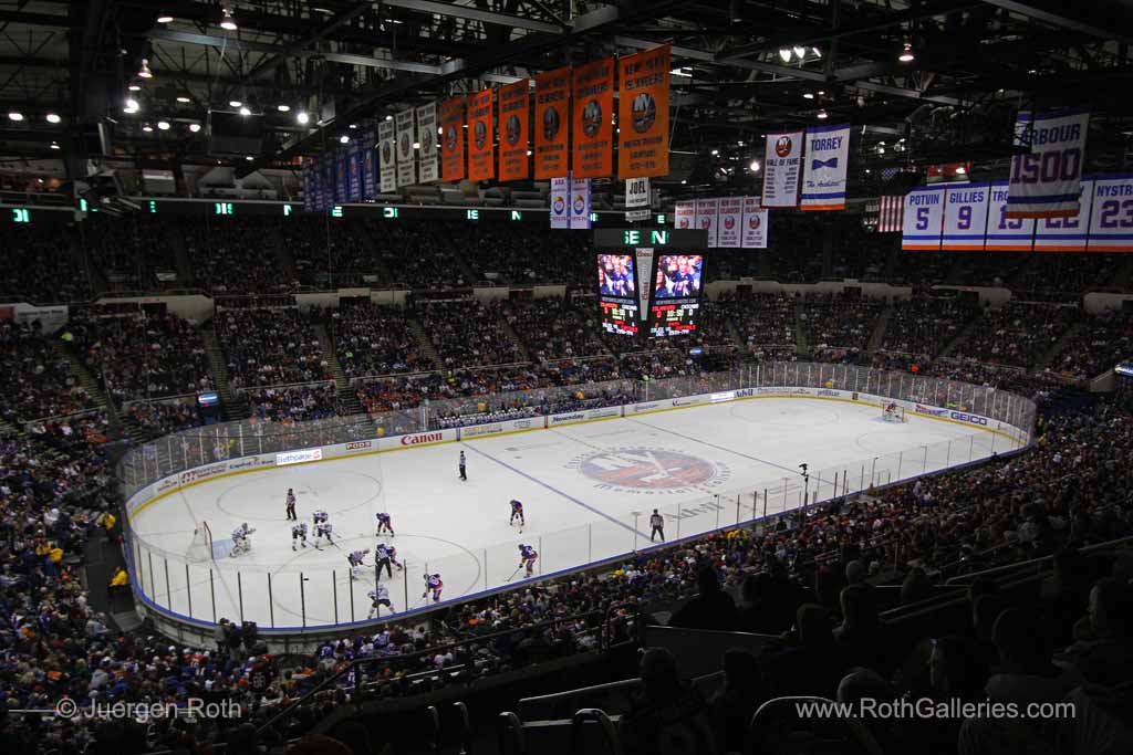 http://juergen-roth.artistwebsites.com/featured/new-york-islanders-juergen-roth.html