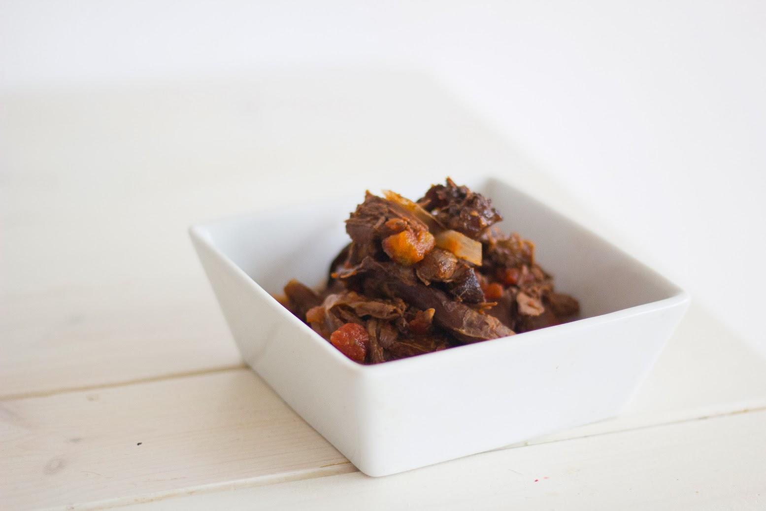 paleo foodporn frage an meine leser und rote beete fermente salat mit hasenkeule in rotwein. Black Bedroom Furniture Sets. Home Design Ideas