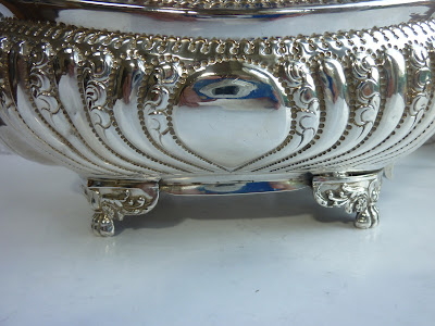Stunning Antique Solid Silver George III Embossed Teapot - Naphthali Hart 1818