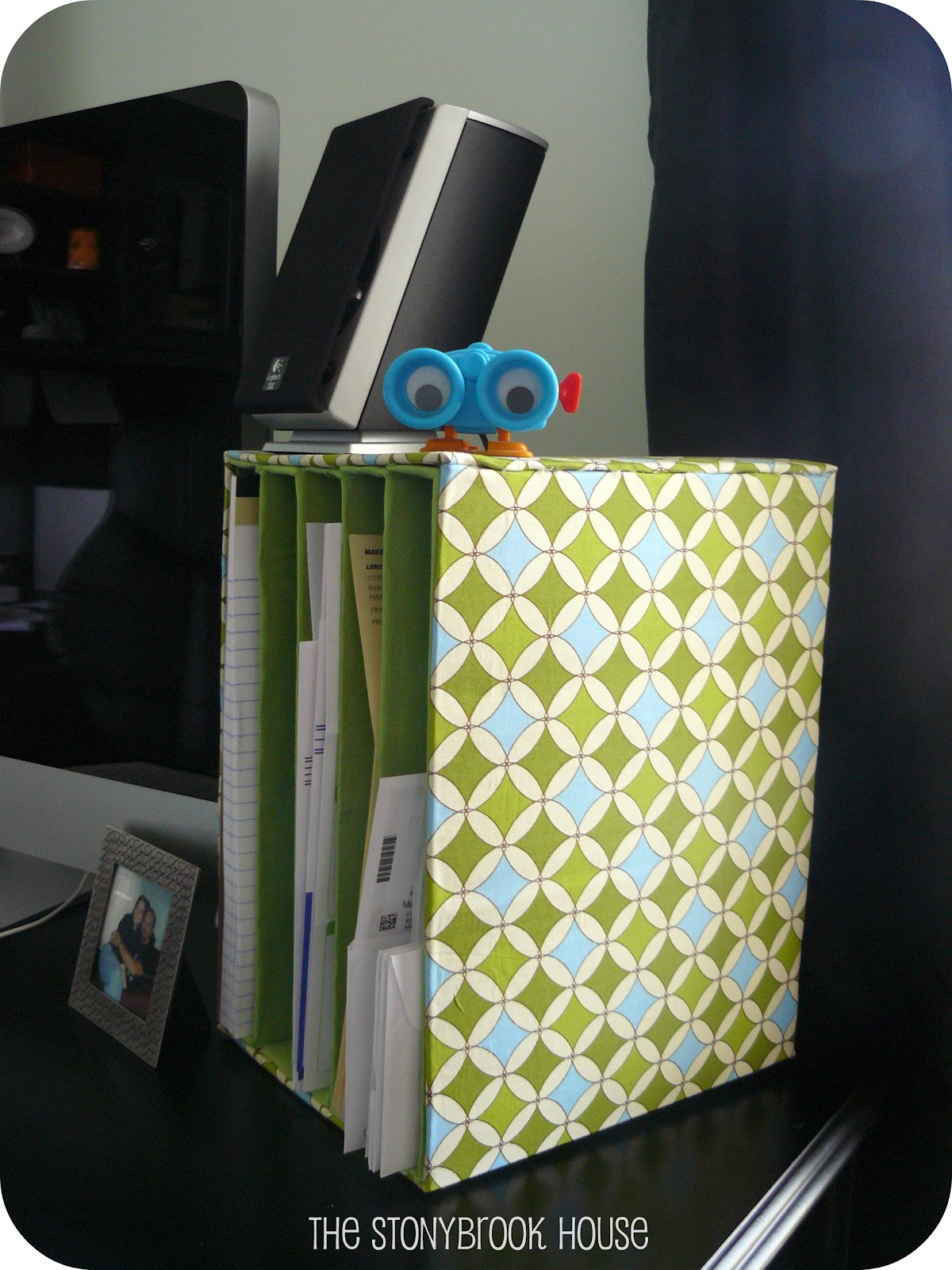 mail organizer diy on the cheap the stonybrook house. Black Bedroom Furniture Sets. Home Design Ideas
