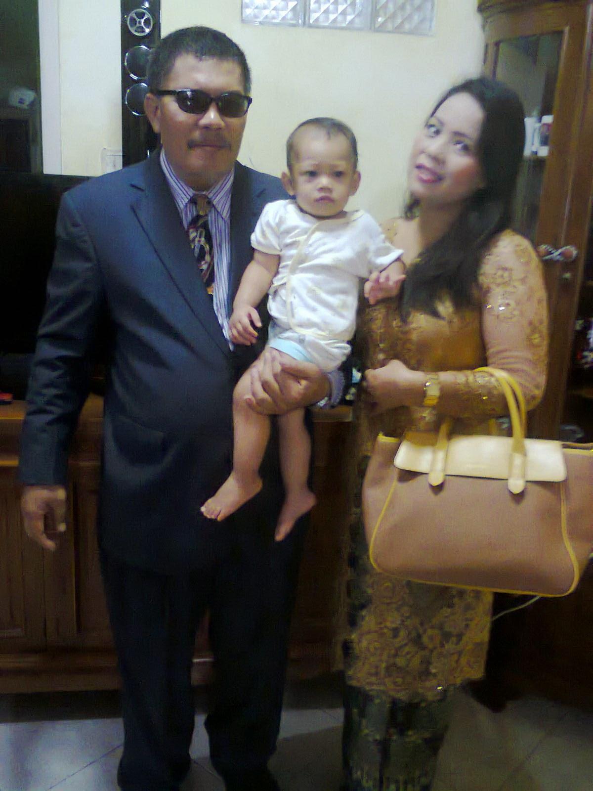Aku Bersama Papa dan Mama