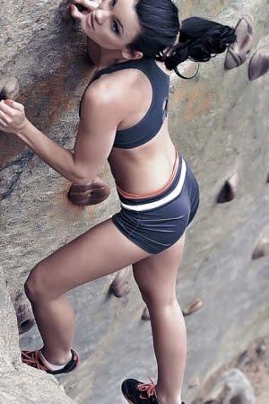Foto Hot Seksi Pemanjat Tebing Wanita