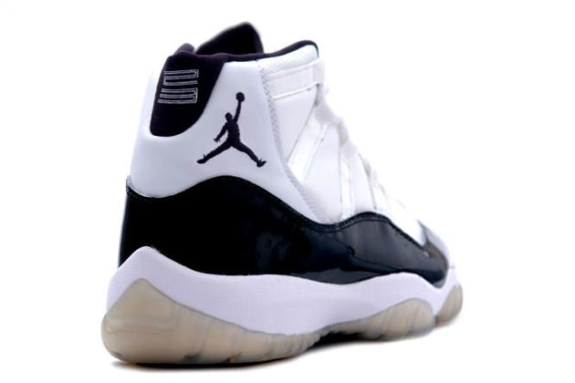 SCREAM @ ME!!!: KICK GAME: AIR JORDAN XI (Concord) to Release in 2011?