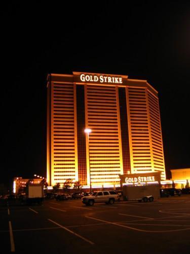 Gold strike tunica world poker open