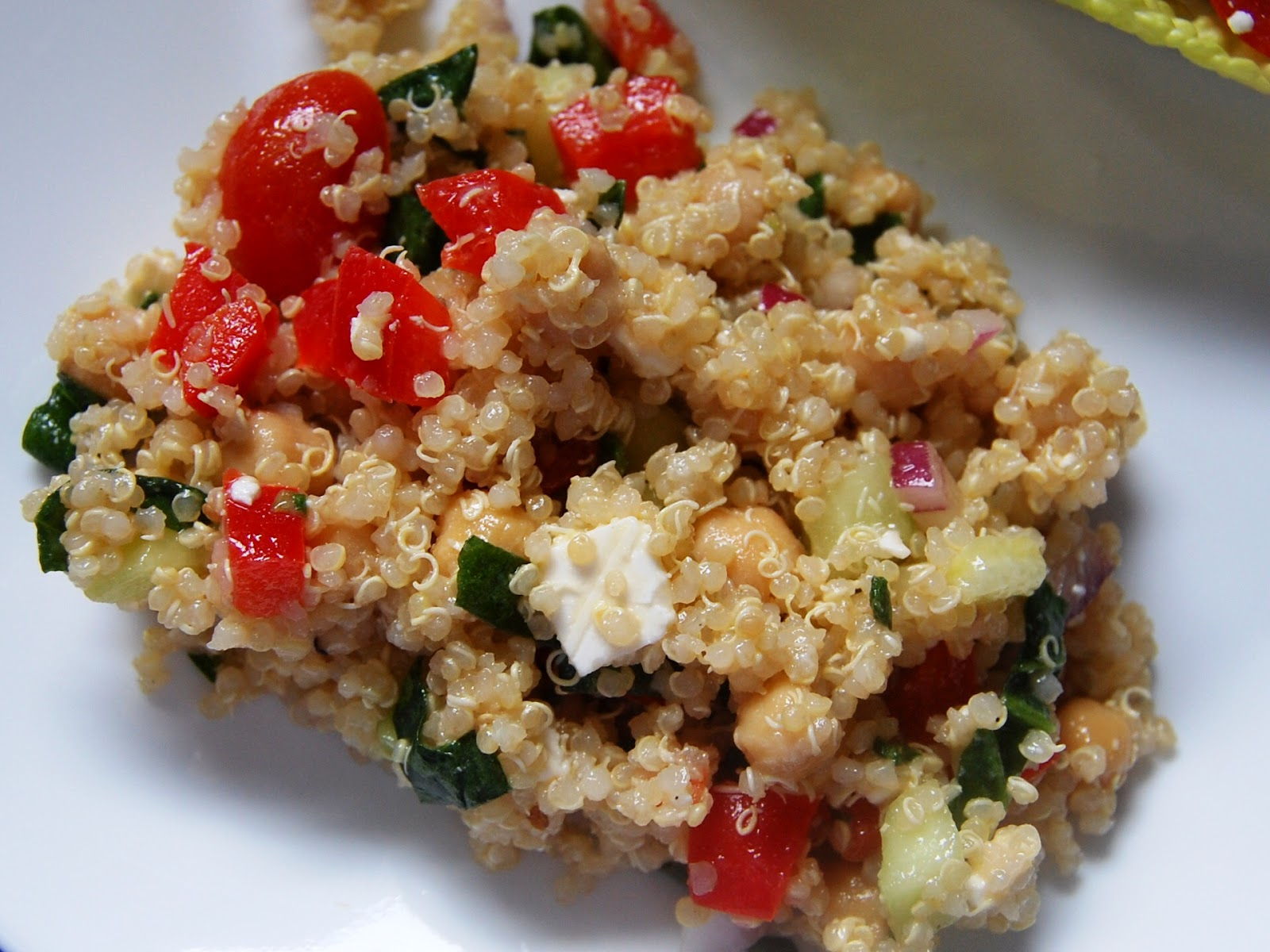 Cassie Craves: Greek Quinoa Salad