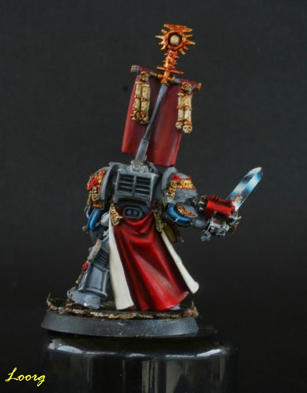 Lord Kaldor Draigo de espaldas