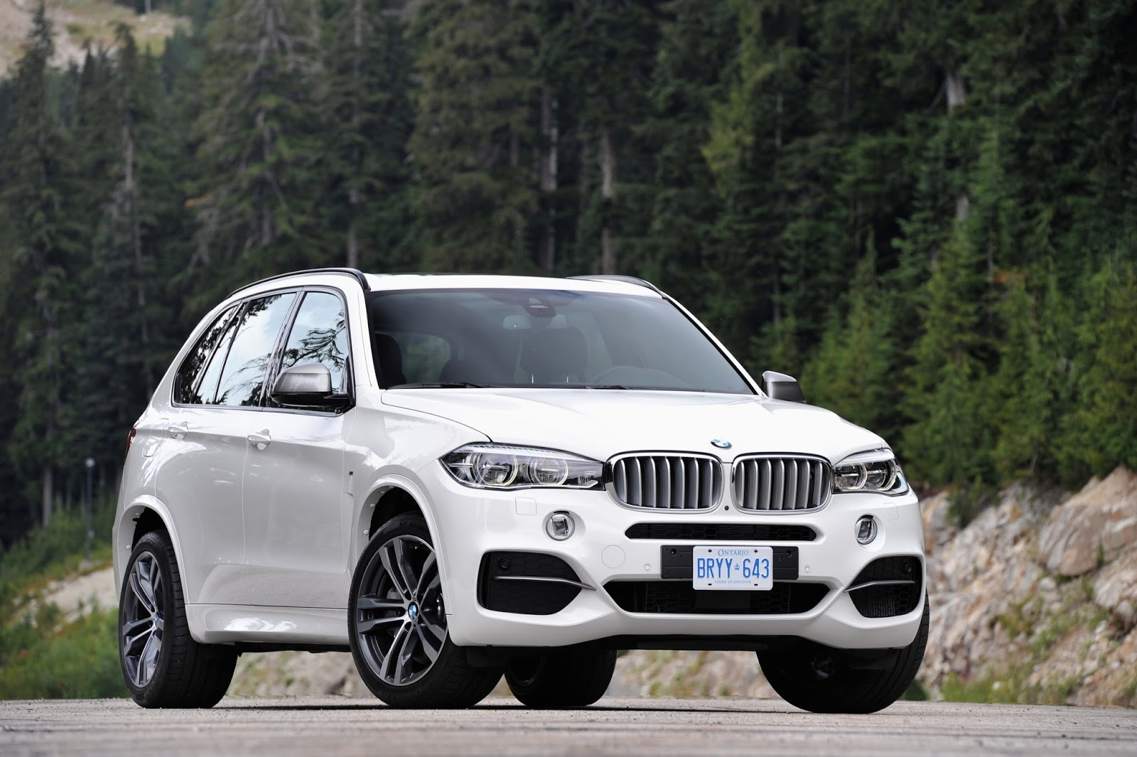 Image of 2014 bmw x5 m50d f15 m sportpaket weiss triturbo diesel suv - Bmw X5 M50d Enthralling Dynamics Thanks To Trademark M Precision
