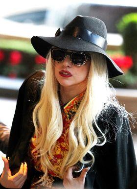 Refund Tiket Lady Gaga Via Kartu Kredit Masih Berjalan » Music | Lady Gaga