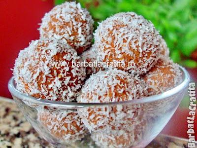 -Bombe-cu-cocos-si-biscuiti-9