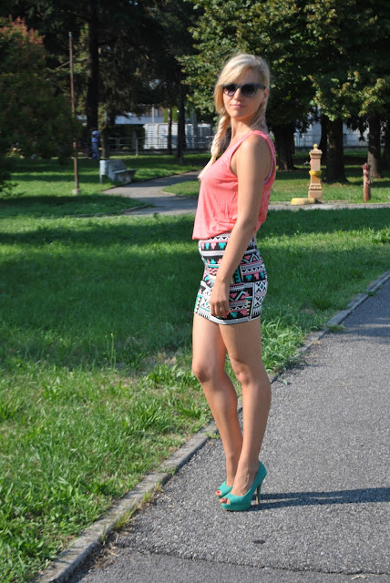 outfit estivi outfit gonna etnica come abbinare una gonna etnica abbinamenti gonna etnica mariafelicia magno fashion blogger colorblock by felym outfit settembre 2015 come abbinare una gonna etnica gonna stampata fashion blogger bergamo fashion blogger milano bionde e tacchi ragazze bionde in mini gonna blondie summer outfits ethnic outfit ethnic skirt