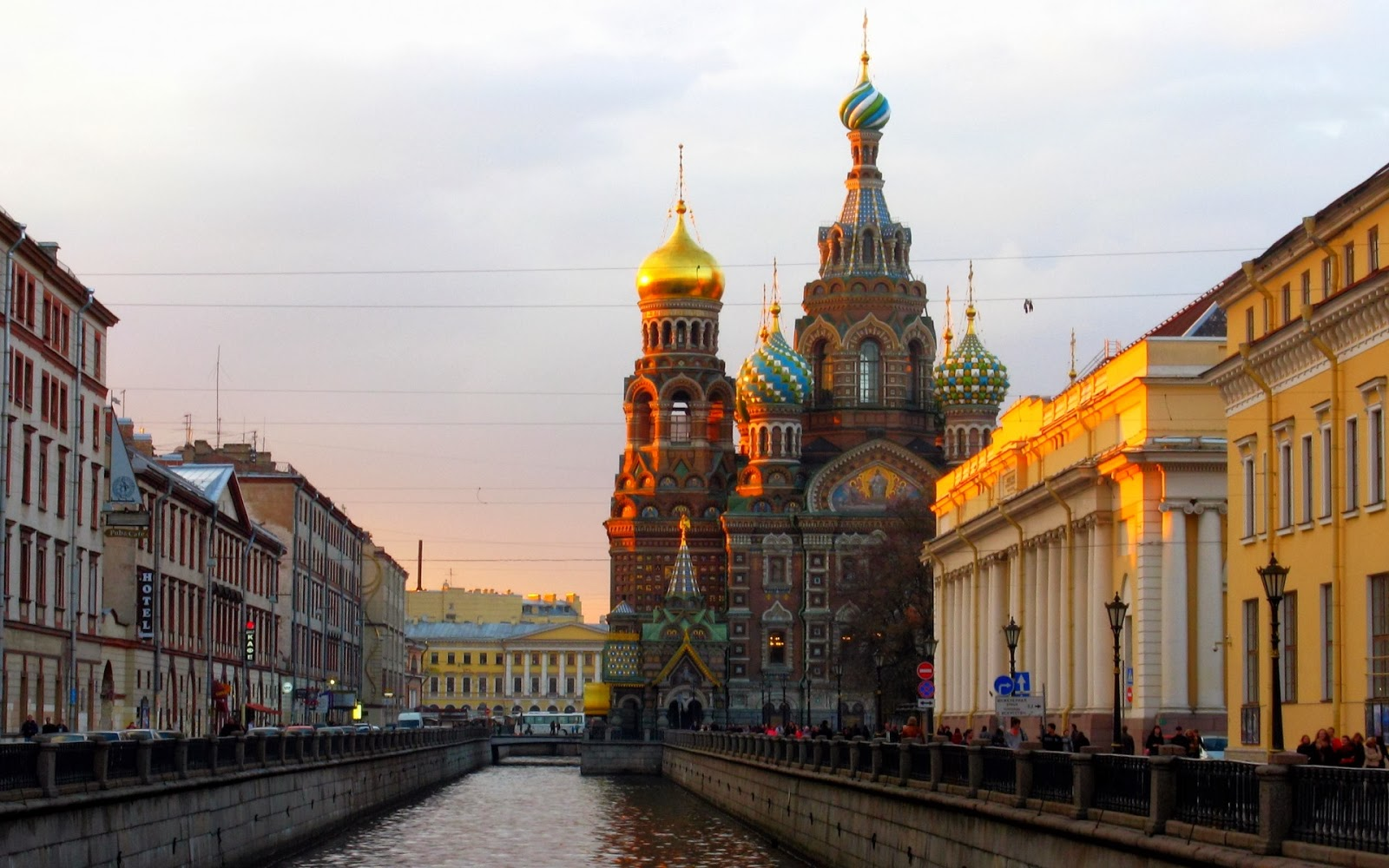 Saint Petersburg Russia  city pictures gallery : St. Petersburg, Russia ~ Mystery Wallpaper