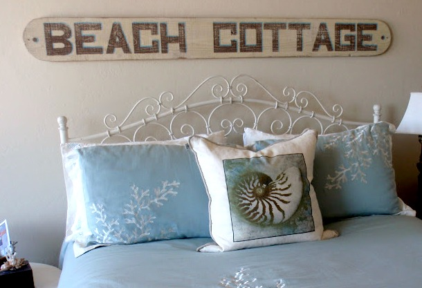 winter warm up cozy beach bedroom ideas - Beach Bedroom