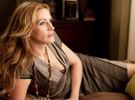 http://3.bp.blogspot.com/-9c3hWPCXtYk/Tj2AWMCvwmI/AAAAAAAADlM/zNOIUfFJlvI/s1600/julia-roberts-eat-pray-love-gray-dress.png