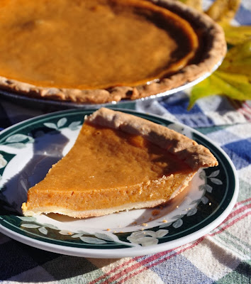 http://www.mississippiwomenbloggers.com/sweet-potato-pie-foodie-friday/