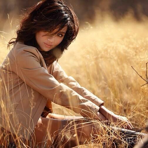 Kathryn Bernardo for Mega Sept. 2014