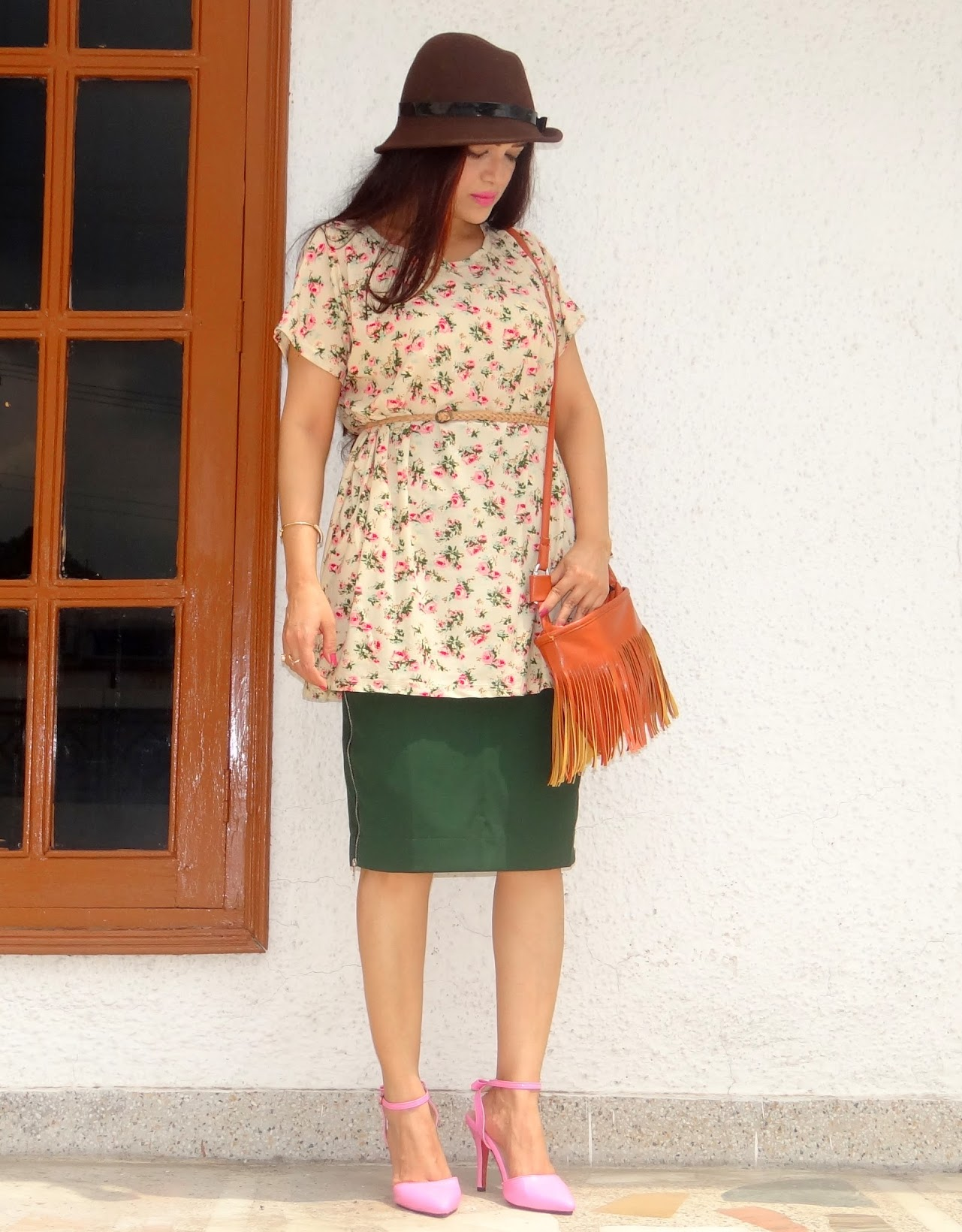 Styling an oversized floral top- OOTD, Dresslink, Stylemoi, Indian fashion blogger, Chamber of Beauty