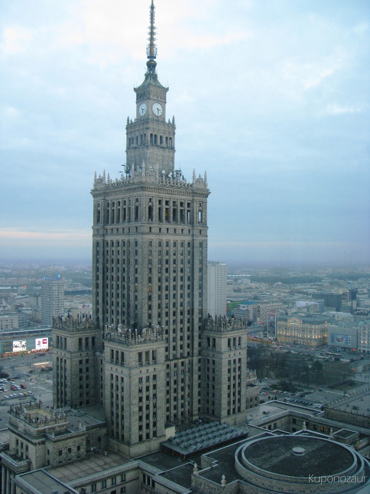 InterContinental Warszawa widok na Pałac Kultury i Nauki