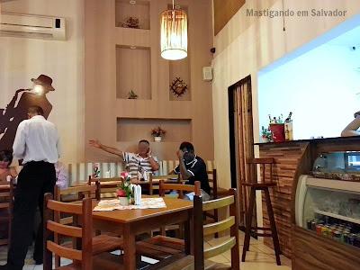 Varanda's Restaurante e Bar: Ambiente interno