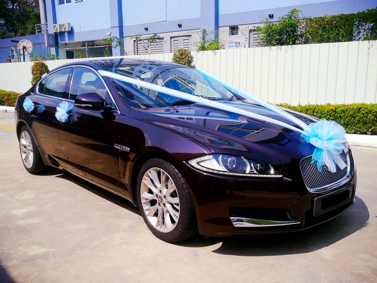 Redorca Malaysia Wedding And Event Car Rental Jaguar Xf With Blue And White Wedding Decor