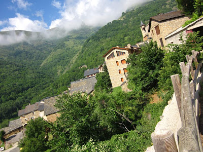 Saurí is a small village in the Pyrenees near Sort