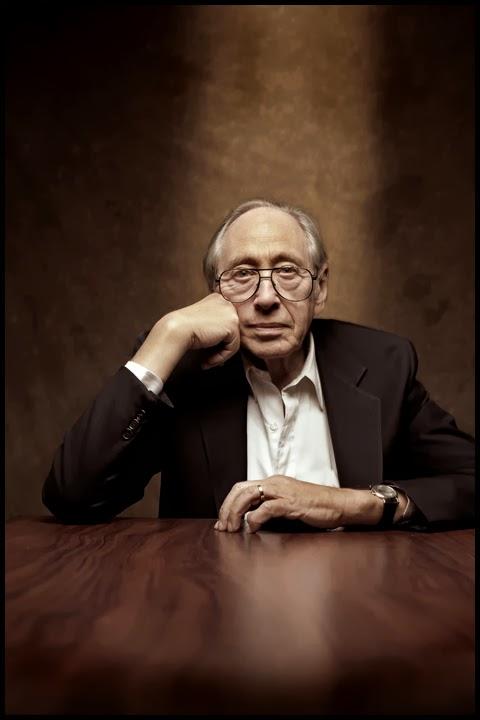 http://www.historia.ro/exclusiv_web/actualitate/articol/istoria-urmatorilor-40-ani-lume-predictiile-lui-alvin-toffler