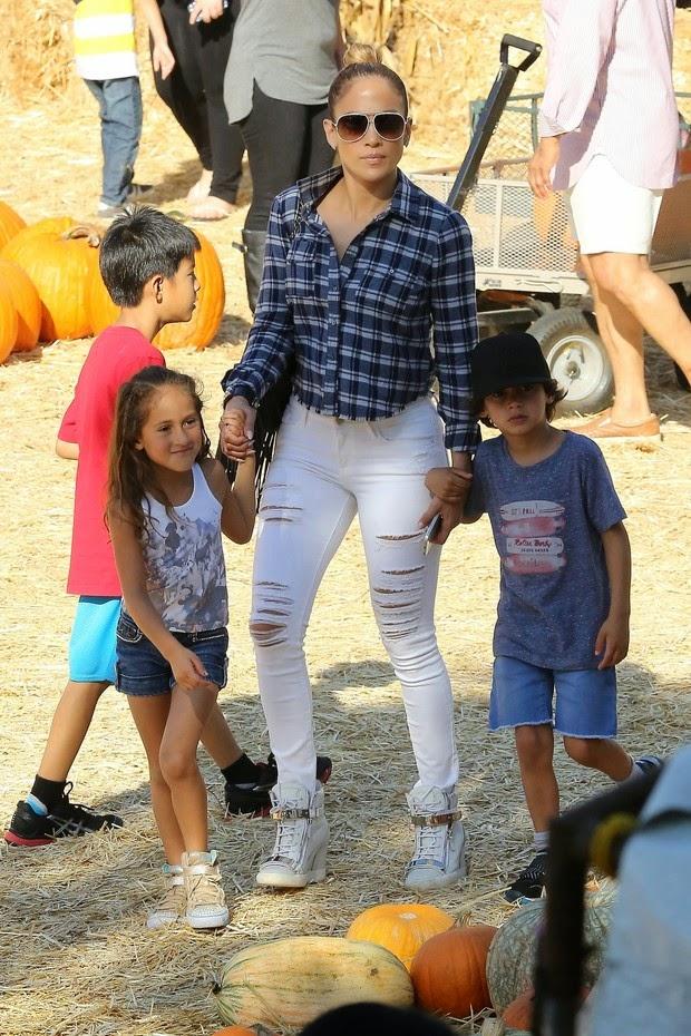 Jennifer Lopez com Emme e Max