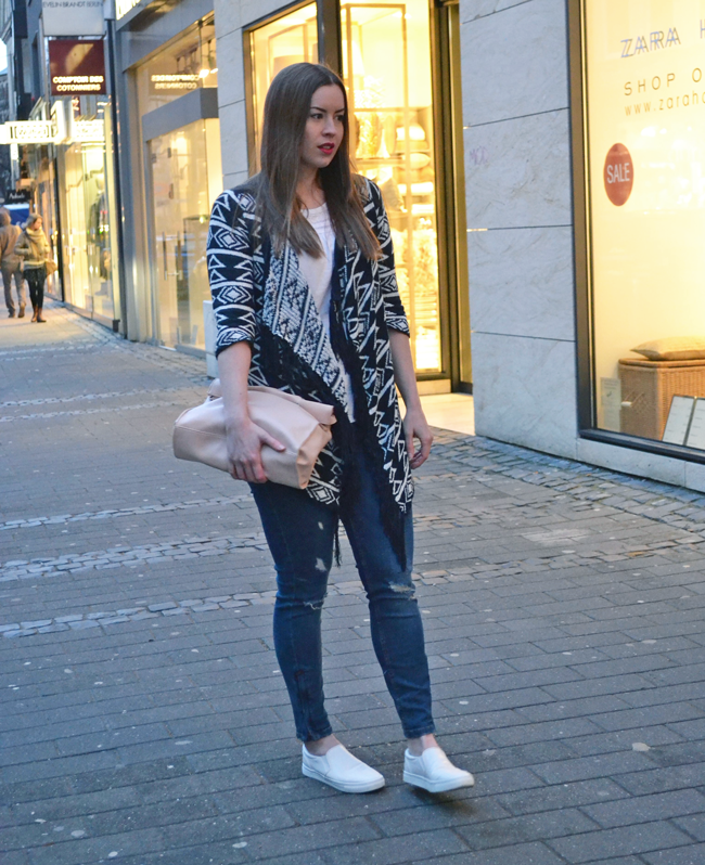 Azteken Cardigan, Ethno-Print, City-Look, Shopping-Look