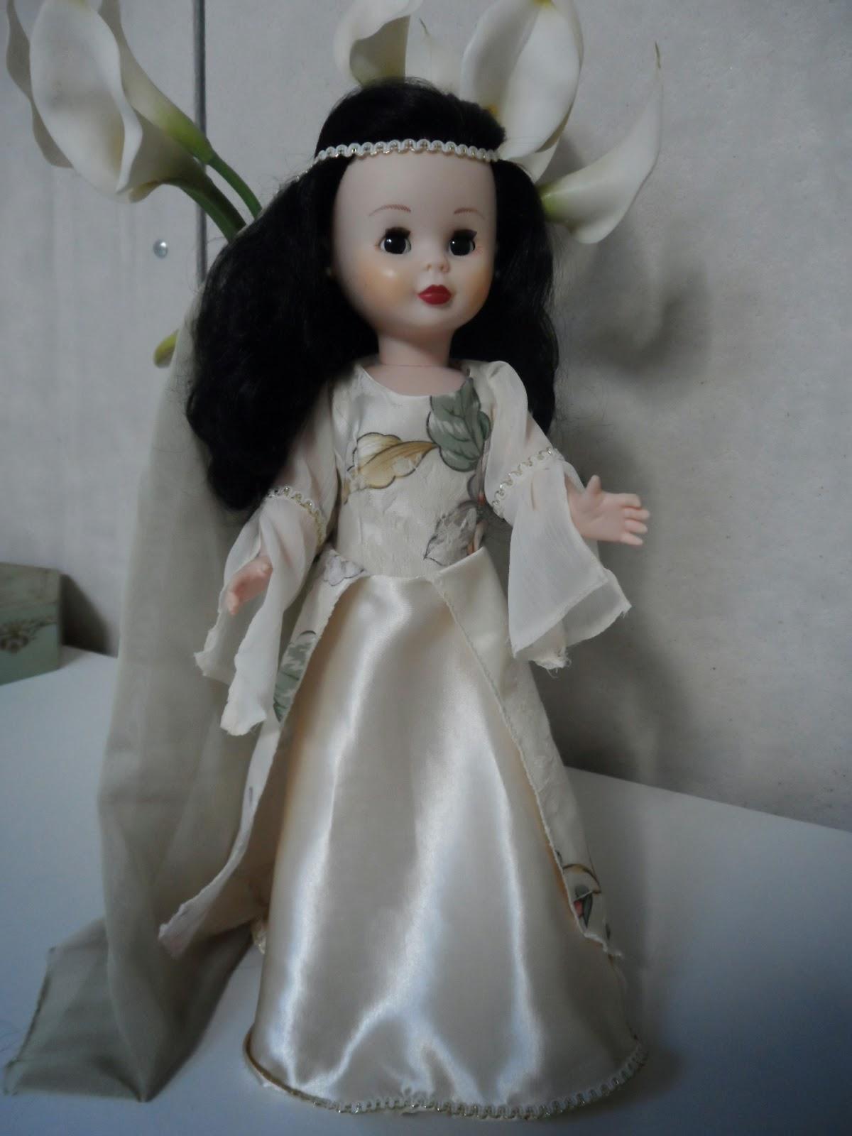 nancy geisha vestida de medieval