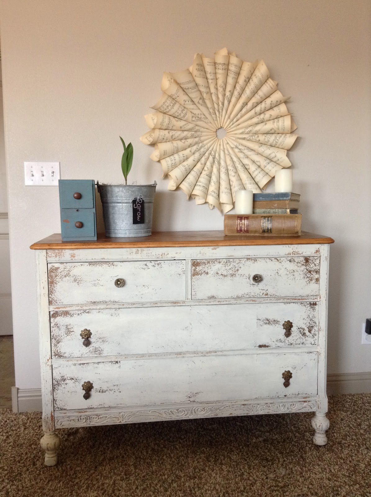 Miss Mustard Seed Milk Paint   French Linen