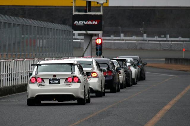 Honda Civic Type R, tor wyścigowy, sport, VTEC is kicking in yo, sedan, CTR, sportowy samochód, znany, kultowy, japoński, JDM