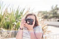 <-Meet the Photographer->