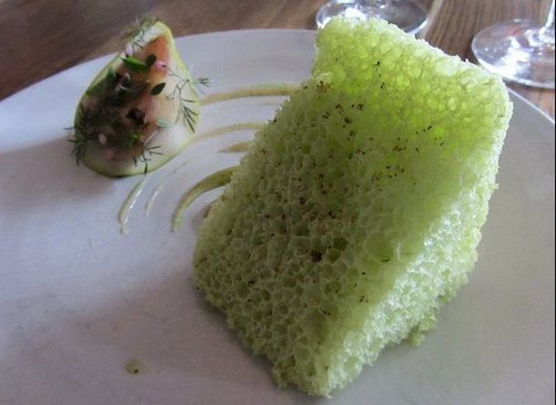 thumb licheni creveti pe gheata si morcovi deshidratati vezi cum arata farfuriile la cel mai bun restaunat din 14 Noma, Copenhaga... Cel mai tare restaurant din lume si n 2012   poze