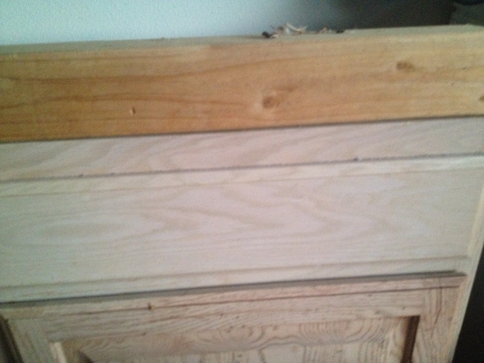 Decorative trim kitchen cabinets garage sales r us kitchen for Adding crown molding to kitchen cabinets before after