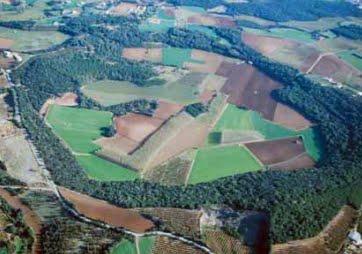 Vista aèria del volcà de la Crosa