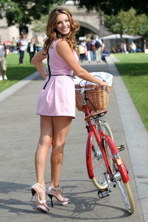 kelly brook dress mini bike