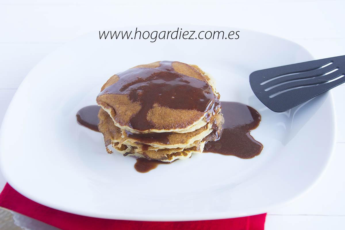 Pancakes con sirope casero de nutella