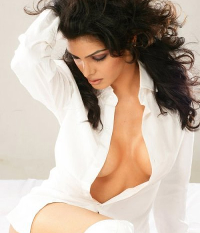 actresses bold amp dirty acts   sexy photos of actress and girls