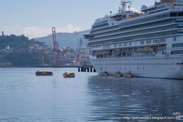 costa fortuna, costa cruceros, puerto de Vigo